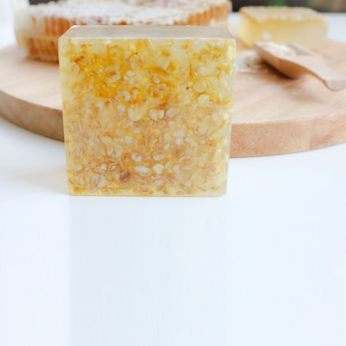 honey oat soap 3